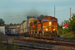 BNSF 4049 Runs wrong main at last light of a busy day.